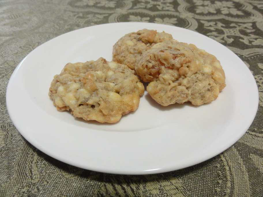White Chocolate Apricot Oatmeal Cookies | Regarding Recipes