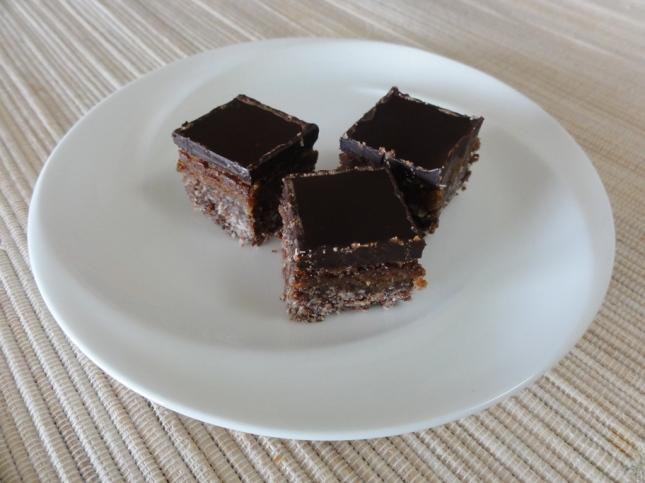 Vegan maple nanaimo bars on a plate