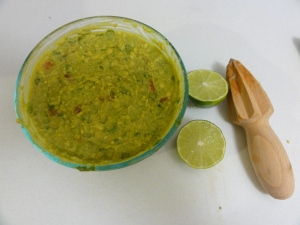 Preserving guacamole with lime juice