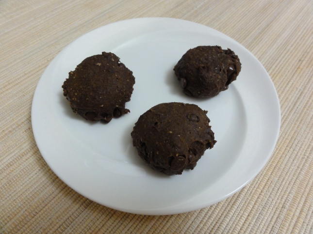 Vegan chocolate pumpkin spice cookies on a plate